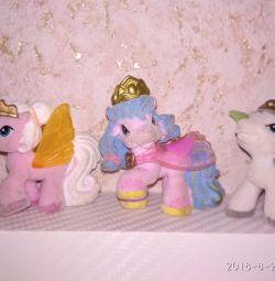 Παιχνίδια βελούδινα άλογα
