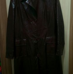 Coat Lacquered Leather