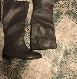 Boots spring genuine leather