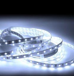 Benzi LED 12V 14,4 W / m IP20