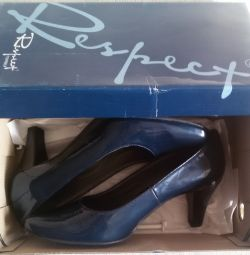 Shoes are new blue, r-37
