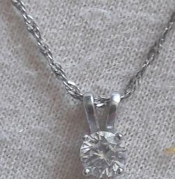 Kolye ile gümüş zincir