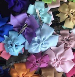 Hairpins-bows