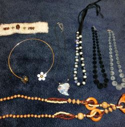 New necklaces, beads for 150 rubles.