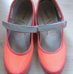 Spor ayakkabı p35, spor ayakkabı