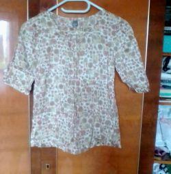 Блуза майже нова