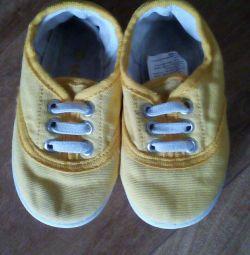Ανδρικά παπούτσια lc waikiki 19 μέγεθος 13 εκ