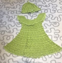 Платье с панамой