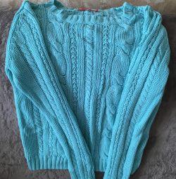 Pulovere și bluze