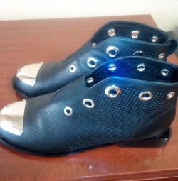 Ботінкі- туфлі р37