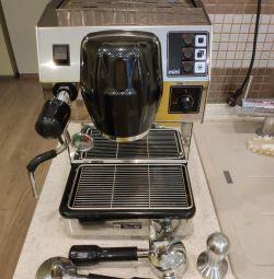 Profesyonel Kahve Makinesi DALLA CORTE MINI