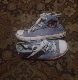 Kızlar için ayakkabı 32