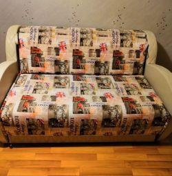 Θα πουλήσω έναν καναπέ. Εξαιρετική κατάσταση. 150 * 210