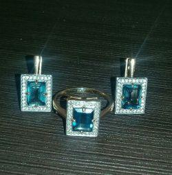Cercei și inel 17,5r cu diamante