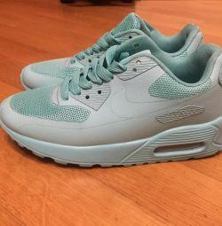Yeni Kadın Spor Ayakkabılar