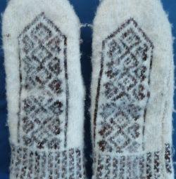 Τα γάντια είναι καινούργια