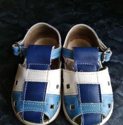 Sandalet 13.5