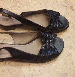 Босоніжки туфлі
