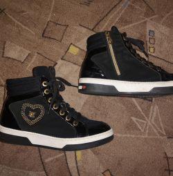 Moschino sneakers original 38