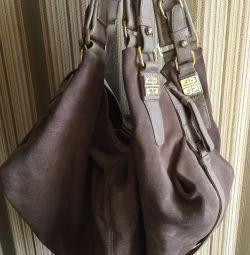 GIVENCHY süet çantası