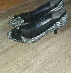 Pantofi de birou