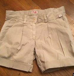 O să am pantaloni scurți pentru fete