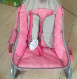 Baby carrier and walker for baby bon (born)