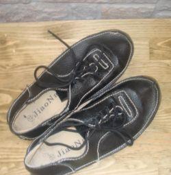 δερμάτινα πάνινα παπούτσια για κορίτσια ή αγόρια