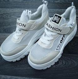 Spor ayakkabı kadın bedenleri 36,37,38,39,40