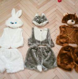 Costume de carnaval ale lupului, ursului, iepurelui și sărbătorii