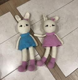 В'язані дитячі іграшки