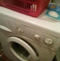 Indesit пральна машинка