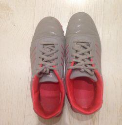 Kadınlar için spor ayakkabı