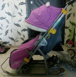 Αναπηρική καρέκλα sledge με τροχούς