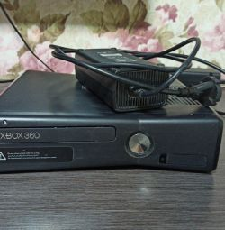 Xbox 360, for parts, 4GB
