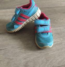 Ανδρικά πάνινα παπούτσια Adidas 21p