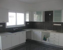 Kato polemidia'da yeni 4 yatak odalı müstakil ev