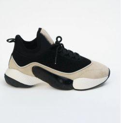 Spor ayakkabı Strobbs. Yeni. 36,40 p.