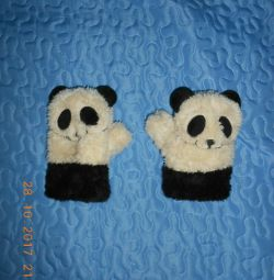 Mittens pandas for 1-3 years.