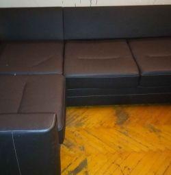 Γωνιακός καναπές από δέρμα