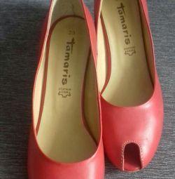 Shoes p.38