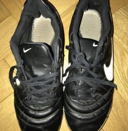 Salon için futbol ayakkabısı nehir 37,5