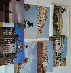 Un set de fotografii de format mare