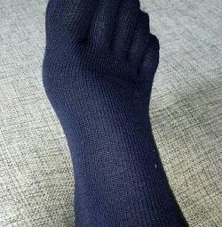 Шкарпетки з п'ятьма пальцями