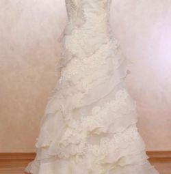 Mariella Burani wedding dress it44 Italy New