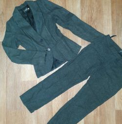 Classic wool suit 42 rub