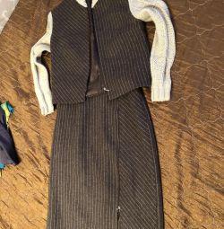 Костюм офисный, деловой костюм, шерсть, р-р 44-46