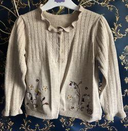 Bluza maternă este de 98 ani timp de 2-3 ani.
