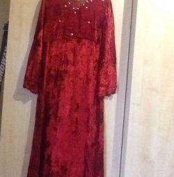 Платье новое Р44-46