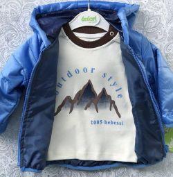 Новая легкая Куртка-ветровка 9-12 месяцев
